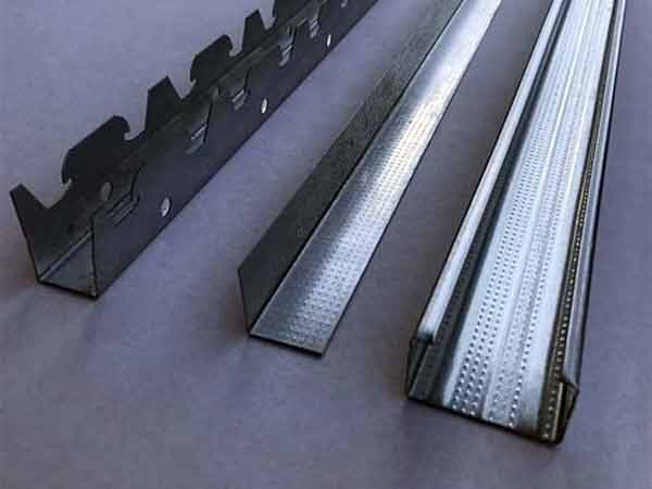 Stucco-per-struttura-metallica-reggio-emilia